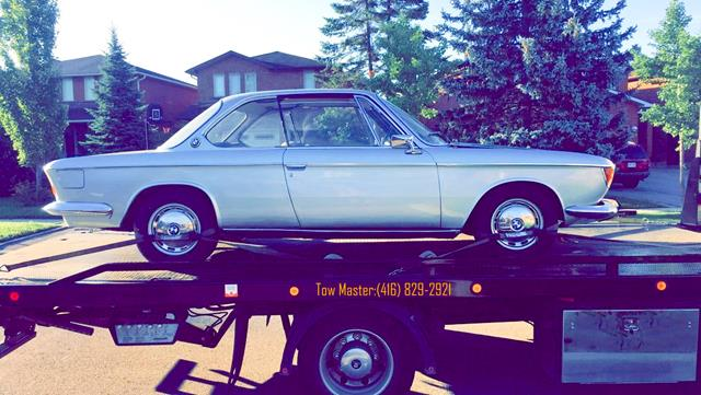 Classic Vehicle Safe Towing by Tow Master in etobicoke