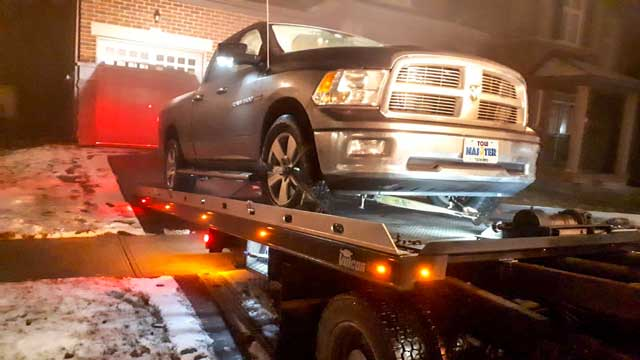 Luxury Vehicle Safe Towing by Tow Master in north York